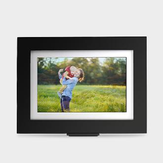 "Brookstone PhotoShare 8"" digital frame"