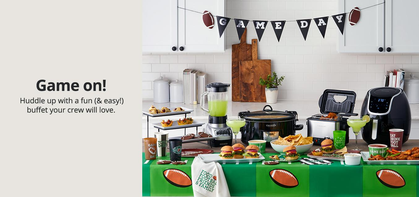 Game on! Huddle up with a fun (& easy!) buffet your crew will love.