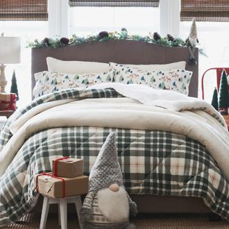 Holiday Bedding All the trimmings to make your bedroom festive.